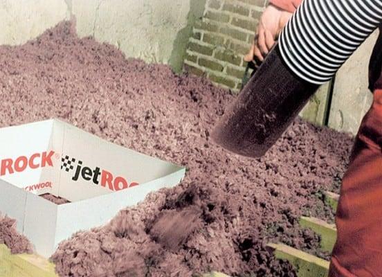 Jetrock Rockwool. Isolez votre grenier grâce au soufflage de laine de roche. Haute performance thermique et amélioration énergétique.