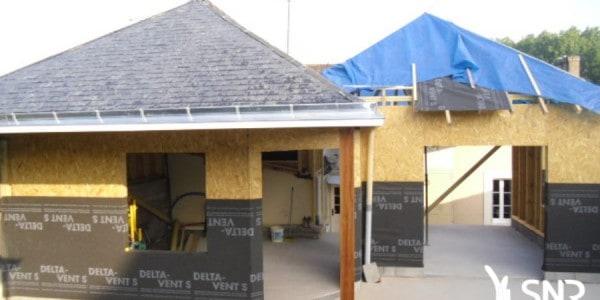 Depuis 1984 SNR Entreprise est le charpentier Mayenne reconnu. Pour vos agrandissement maison Laval et agrandissement maison Rennes SNR Entreprise réalise les travaux de charpente maçonnerie peinture placo isolation menuiseries.