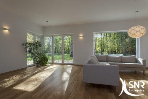 Envie d'une pièce supplémentaire? De gagner en surface de vie? Extension maison bois, extension bardage bois, extension pierre, extension maçonnerie : autant de spécialité de SNR Entreprise.