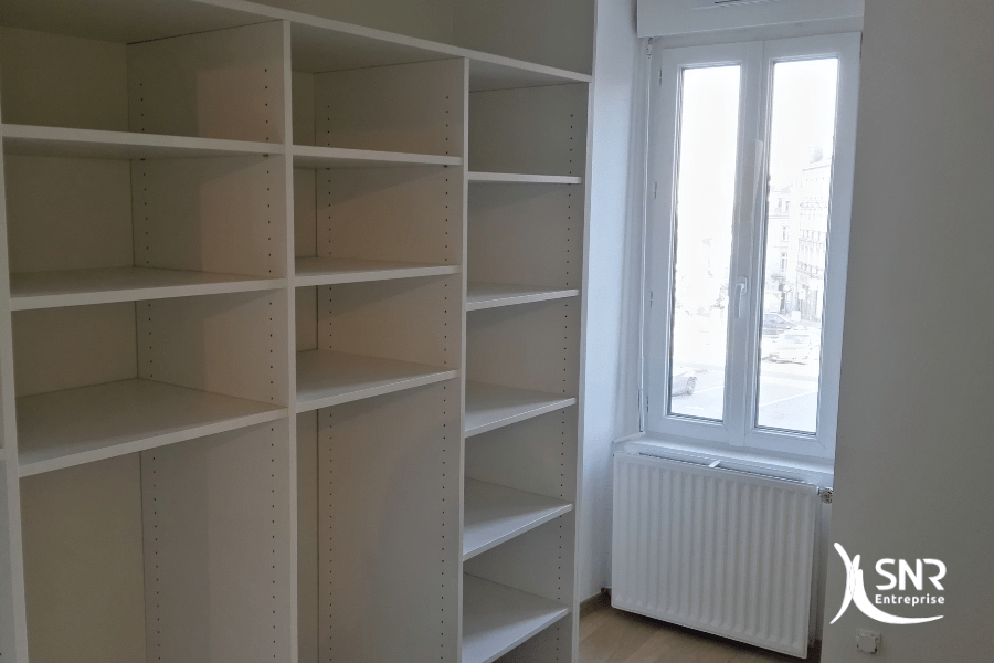 Aménagement intérieur et création de rangements dans le cadre de la rénovation maison laval par SNR Entreprise