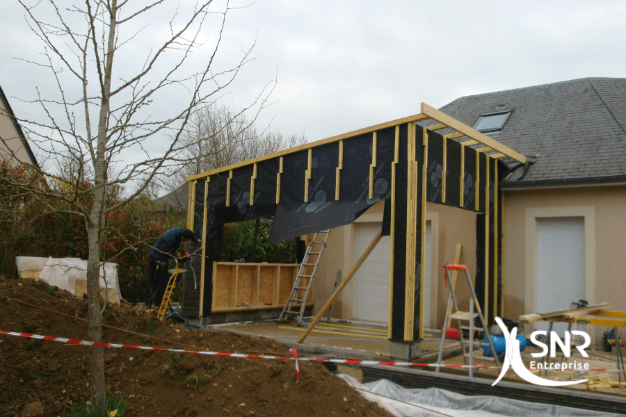 SNR Entreprise est spécialisé dans les projets d'amélioration de l'habitat et conçoit vos plus beaux agrandissement maison rennes