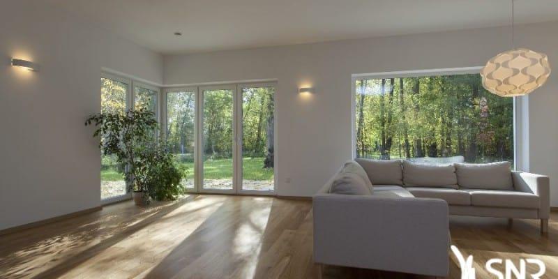 Depuis 1984, SNR Entreprise est l'expert de l'agrandissement de maison. Extension bois, extension maçonnerie, pose de parquet et aménagements intérieurs en Mayenne (53) et Ille-et-Vilaine (35).