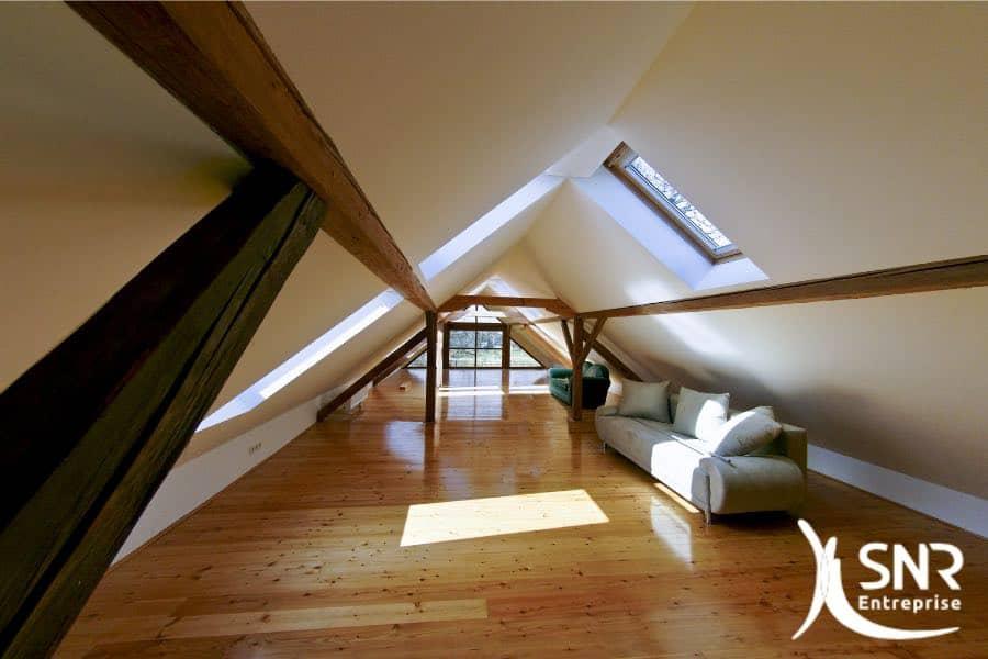 L'aménagement de combles vous permet de profiter de l'espace disponible dans votre grenier. De Rennes à Saint-Malo, en passant par Dinard, Vitré et Fougères, faites confiance à SNR Entreprise, le spécialiste de la rénovation de la maison.