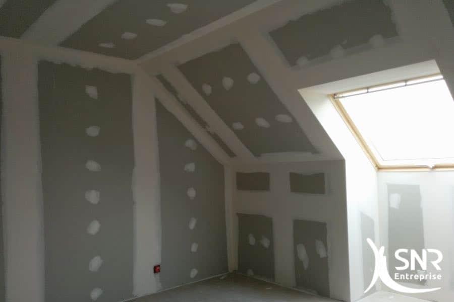 Plaquiste en Mayenne (53) et Ille et Vilaine (35). SNR Entreprise dispose de ses propres équipes de plaquistes pour l'aménagement intérieur de maison.