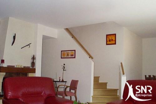 Pour un projet de pose d'escalier, d'aménagement intérieur, SNR Entreprise est l'interlocuteur privilégié en Mayenne (53) et Ille-et-Vilaine (35).