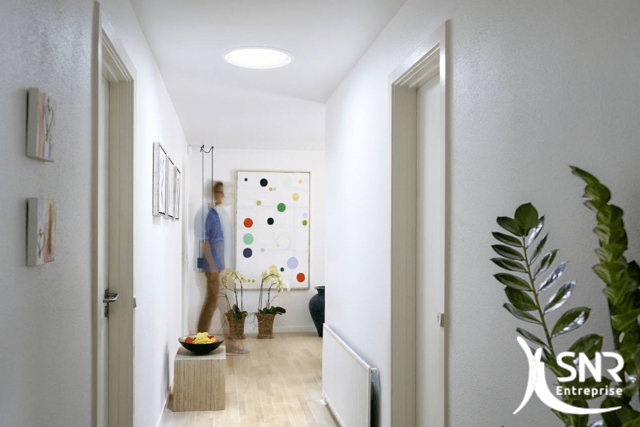 Renovation maison Rennes eclairer piece aveugle conduit lumiere Velux Sun Tunnel SNR Entreprise 53 35