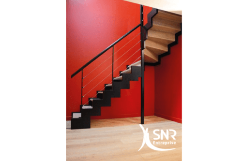 aménager les combles pose escalier métal SNR Entreprise laval rennes saint malo
