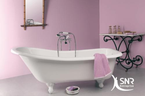 Refaire sa salle de bain avec une baignoire sur pied avec SNR Entreprise