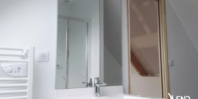 salle d eau dans les combles gallery of salle d eau dans les combles with salle d eau dans les. Black Bedroom Furniture Sets. Home Design Ideas