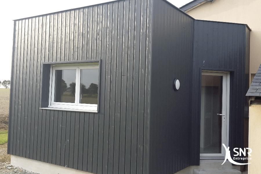 Création d une chambre et d un accès extérieur avec cette extension maison en bois