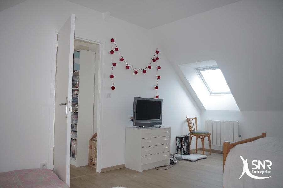 Création de chambres d amis dans des combles aménagés en Mayenne avec SNR Entreprise