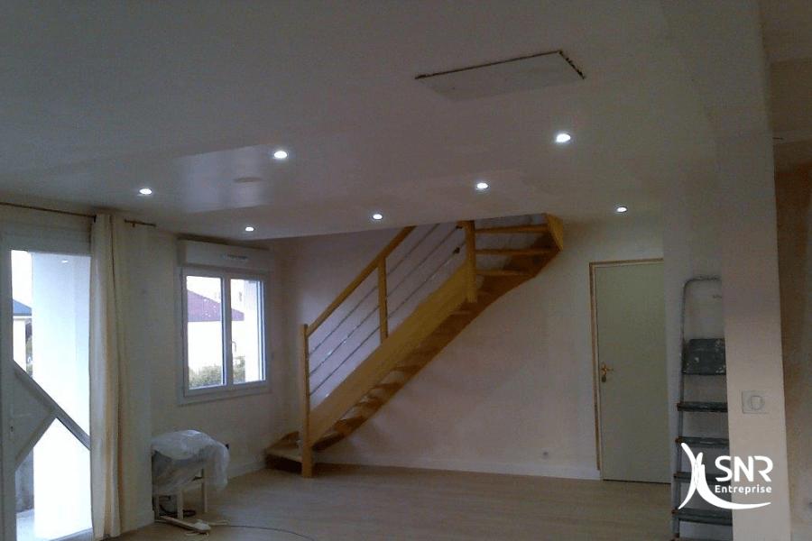 De la pose de parquet à l installation d un escalier SNR Entreprise réalise tous vos projets de renovation maison saint-malo