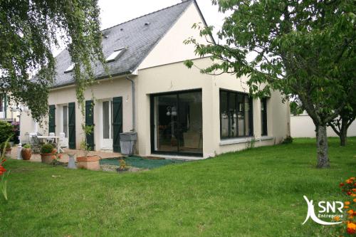 Réalisation d un projet d extension maison saint-malo en maçonnerie par SNR Entreprise