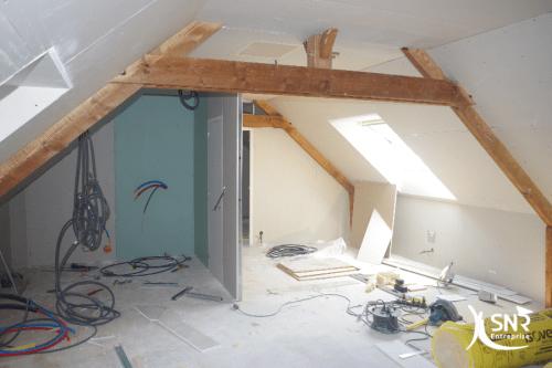 Amenagement chambre avec salle d\'eau sur charpente traditionnelle