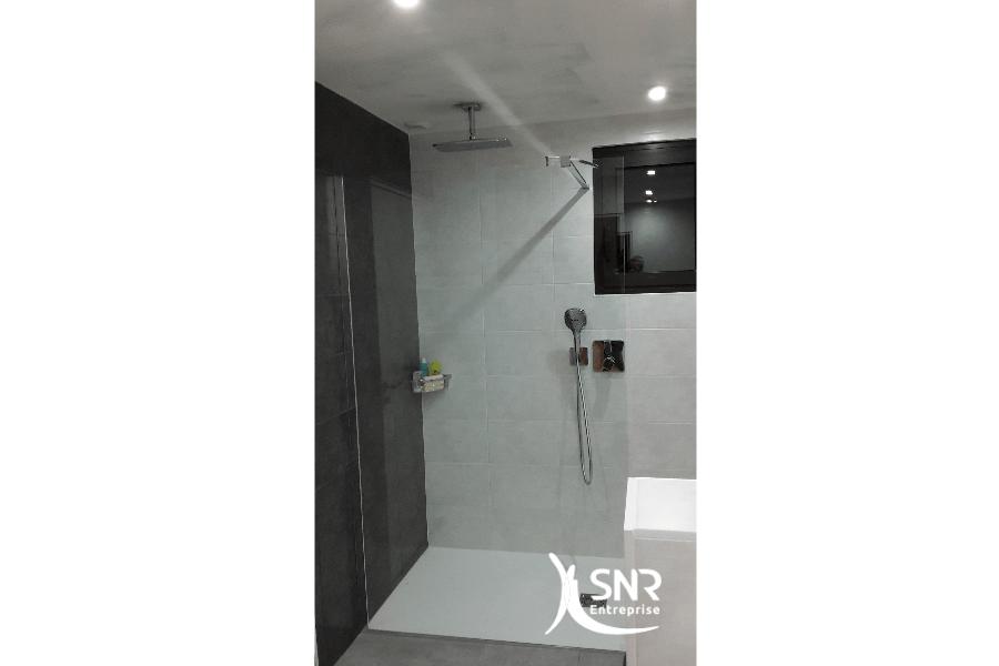 Rénovation intégrale d une salle d eau par SNR Entreprise spécialiste de vos projets de rénovation maison