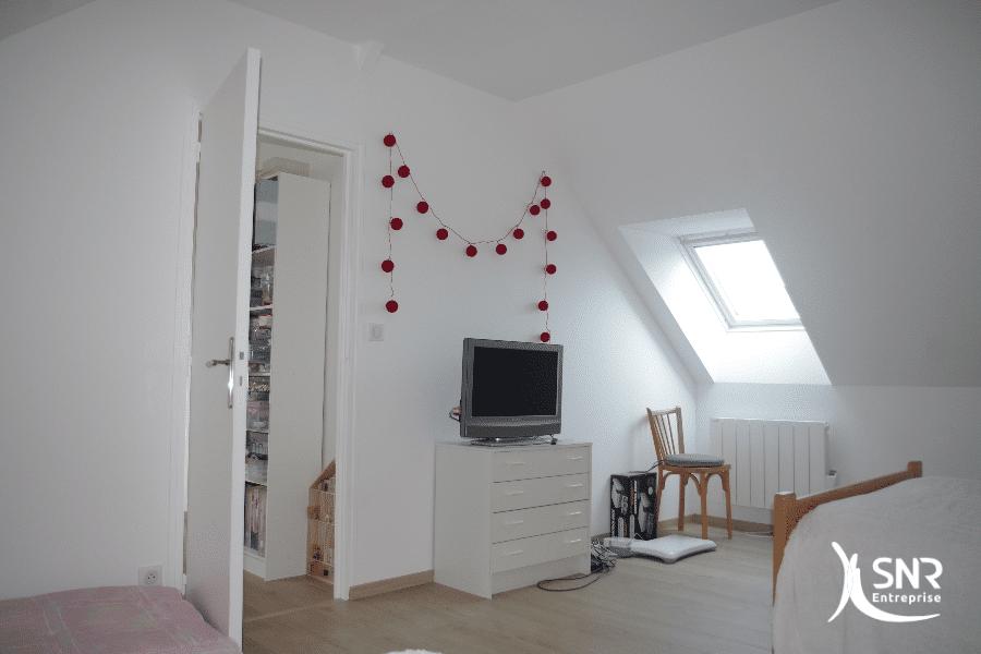 Création-de-chambres-d-amis-dans-des-combles-aménagés-en-Mayenne-avec-SNR-Entreprise