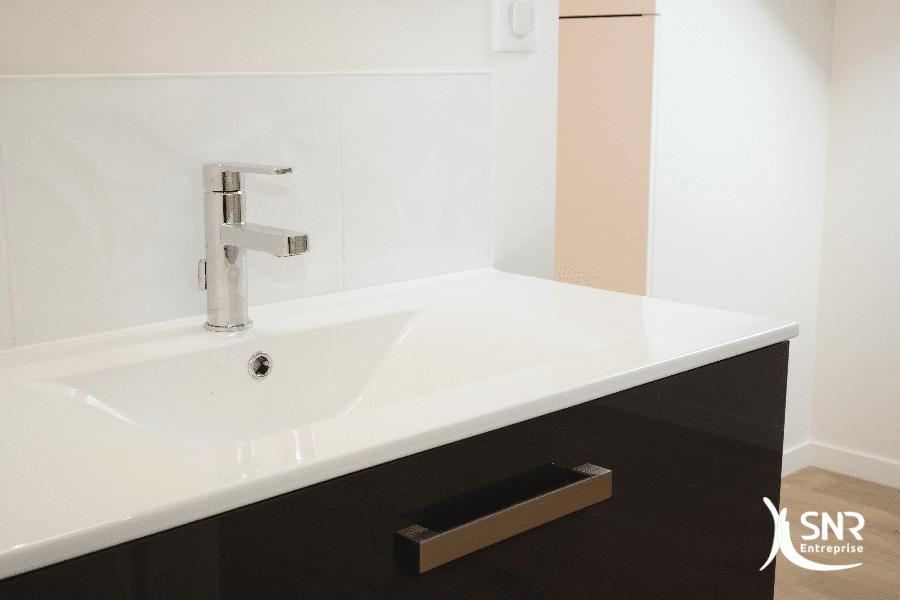 Offrez-vous-le-confort-dun-projet-de-rénovation-salle-de-bains-clé-en-mains-avec-SNR-Entreprise