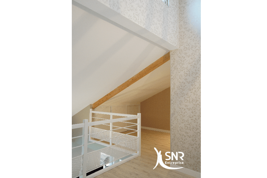 Optimisez-les-m²-de-votre-maison-en-aménageant-les-combles-grâce-à-SNR-Entreprise