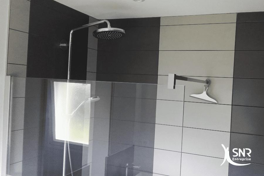 Projet-clé-en-main-de-rénovation-salle-de-bain-laval-par-SNR-Entreprise-en-Mayenne-et-Ille-et-Vilaine