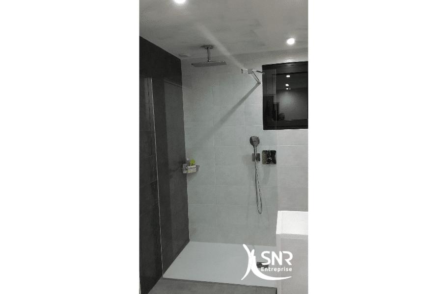 Rénovation-intégrale-d-une-salle-d-eau-par-SNR-Entreprise-spécialiste-de-vos-projets-de-rénovation-maison