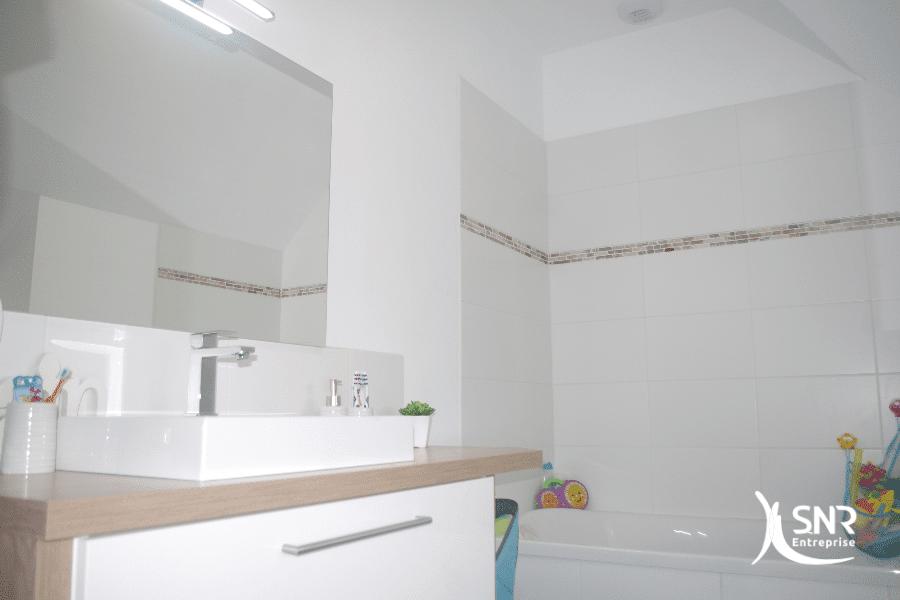 Rénover-sa-salle-de-bain-dans-le-cadre-d-un-projet-de-rénovation-maison-avec-SNR-Entreprise