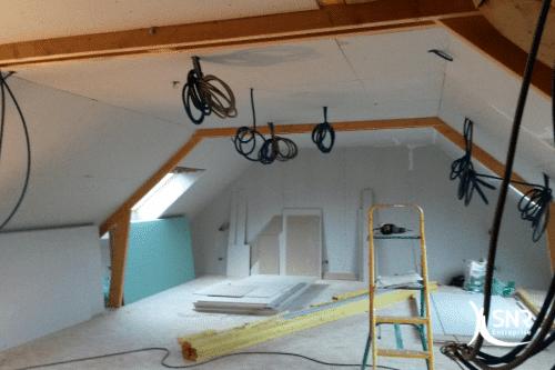 SNR-Entreprise-aménage-les-combles-de-votre-maison-depuis-plus-de-33-ans-500x333