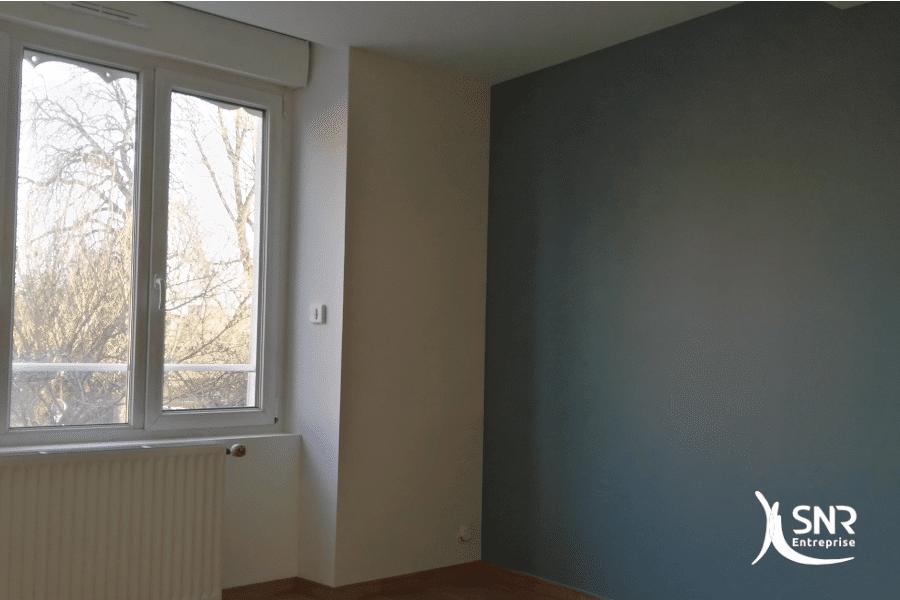 Vue-après-travaux-de-rénovation-maison-avec-remplacement-de-menuiseries-et-peinture-de-l-ensemble