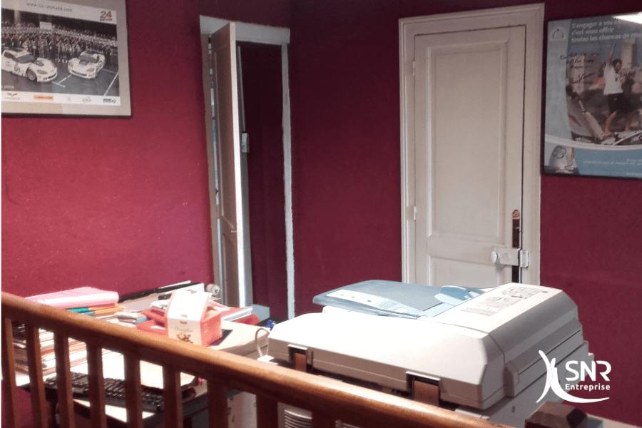 Vue-avant-travaux-de-transformation-totale-et-de-renovation-maison-vitré-par-SNR-Entreprise
